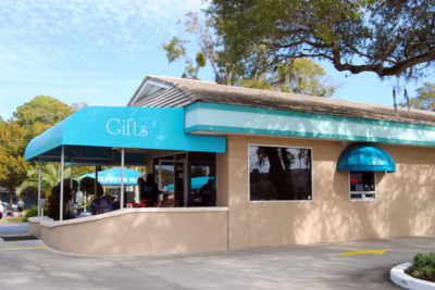Beaches Car Wash Gift Gallery exterior